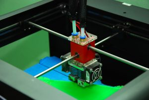 3д принтер CreatBot