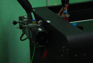 Прижимной механизм 3D принтера CreatBot