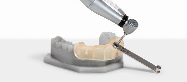 Стоматологические приспособления из Formlabs Dental SG Resin