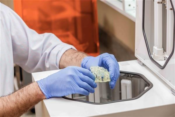 Стоматологические протезы из Formlabs Dental SG Resin