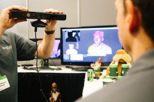 Бюджетный 3D сканер в работе