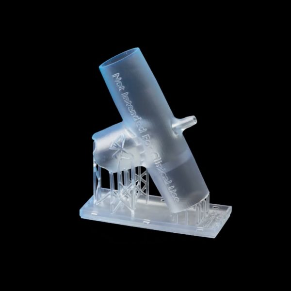 Образец из медицинской смолы BioMed Clear Resin - адаптер BiPAP к вентилятору