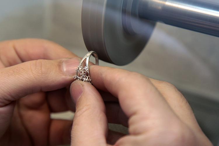 Полировка ювелирных изделий