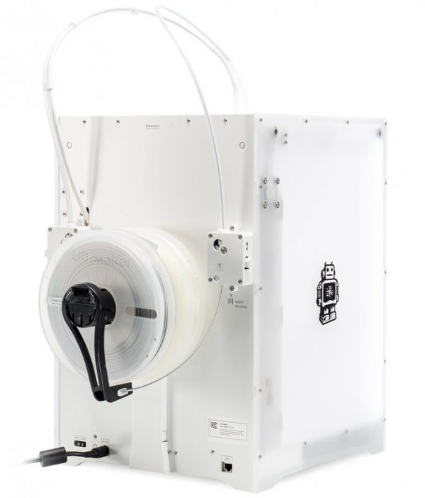 Подача-пластика-в-3D-принтере-Ultimaker