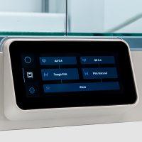 Ultimaker-S5-3D-printer-touchscreen